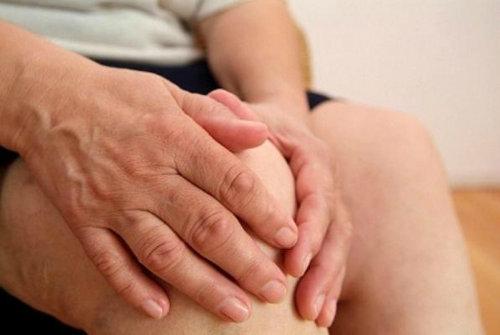 Hình ảnh Phòng bệnh xương khớp cho người già