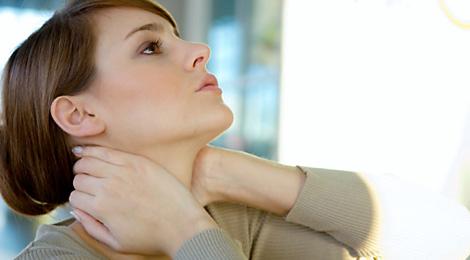 phòng tránh đau cổ