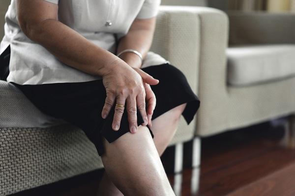 Hình ảnh Thoái hóa khớp gối: Nguyên nhân, triệu chứng, cách điều trị